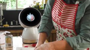 Jibo Family Robot - YouTube